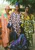 アフリカ経済における布と商人の役割