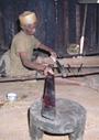 マダガスカルの織機と織物